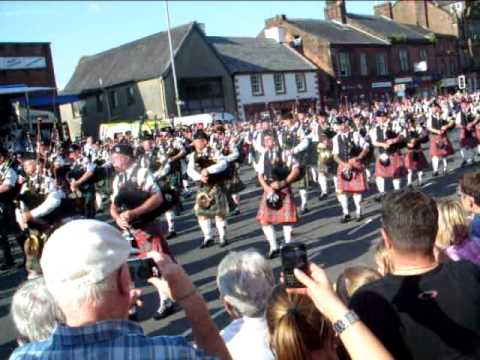Pipe bands.in Annan