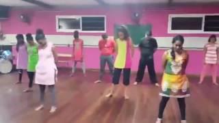 Download Hindi Video Songs - KOKKA MAKKA KOKKA- DEVI