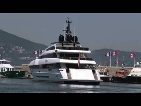 See The US$ 25,000,000 PARAM JAMUNA yacht leaving St Tropez