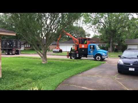City of Houston Heavy Trash Vehicles