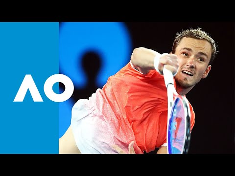 Novak Djokovic v Daniil Medvedev second set tiebreak (4R) | Australian Open 2019