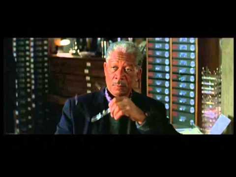 Batman Begins (clip5)-Flass, Gordon, the Cape and the Batmoblie
