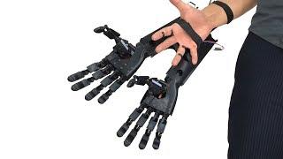 1本の手が3本に!サイボーグ感満載のダブルバイオニックアームが販売中