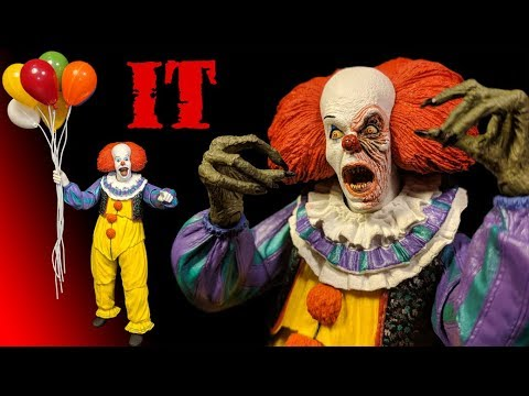 NECA IT 1990 ULTIMATE PENNYWISE ACTION FIGURE