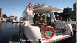 Tourisme fluvial sur la Sarthe et la Mayenne
