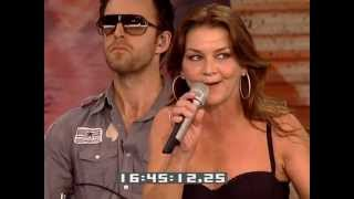 Gretchen Wilson - Work Hard, Play Harder (Live at Farm Aid 2009)