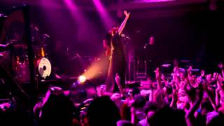 Florence + the Machine - 'You've got the love' (live @ Paradiso, Amsterdam 1 April 2012)