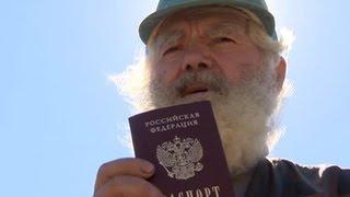 Досрочно умершие: жизнь россиянам испортили паспорта-двойники(