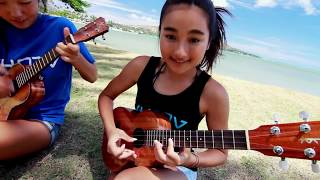 Download lagu Honoka & Azita - Bodysurfing