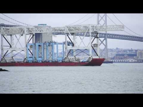 Port of Oakland Low-profile Cranes go to Boston (Re-use at Massport)
