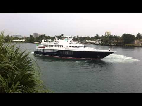 165 foot Turbine Motor Yacht Mystique
