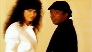 Simone e Milton Nascimento: Você é Linda   Clipe Oficial   1988