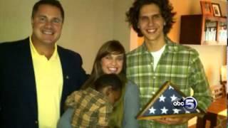 Jonathan and Kayla Craig Awarded Angels In Adoption Award