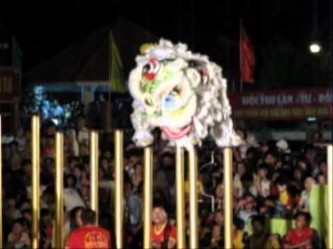 HỘI THI LÂN SƯ RỒNG THP VĨNH LONG TẾT NHÂM THÌN 2012