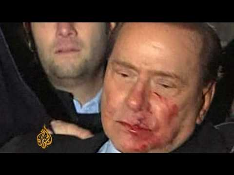 Berlusconi attacked at Milan rally - 14 Dec 09