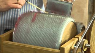 Gambar cover How To Clean Your Drum Carder (HD)