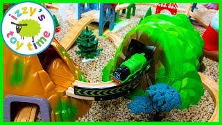 Thomas and Friends Mommy Mountain Amusement Park! Fun Toy Trains for Kids