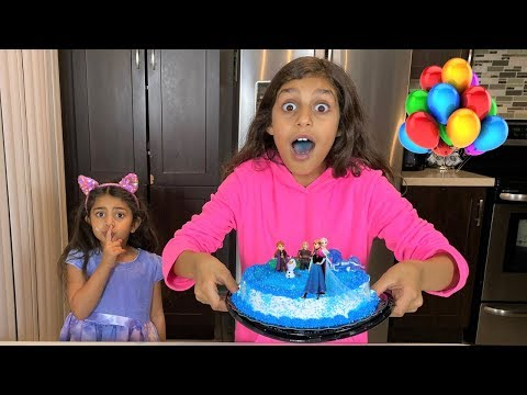 Deema Play Happy Birthday FROZEN 2 party cake surprise
