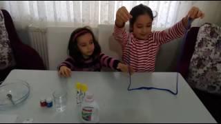 Gambar cover Lili ve Çiço slime yapıyor