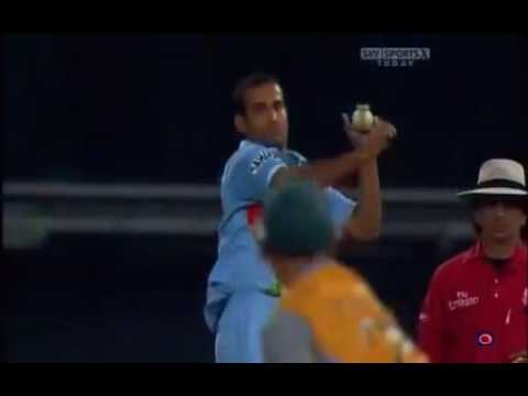 Amazing Fall Of Wickets Of Australia VS India