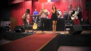 """Carlos Y Alejandra  """"Perdoname"""" en vivo (Cesar on Drums)"""