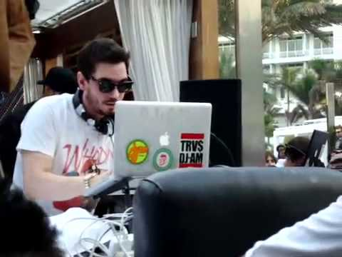 DJ AM - Rocky Theme -Juicy