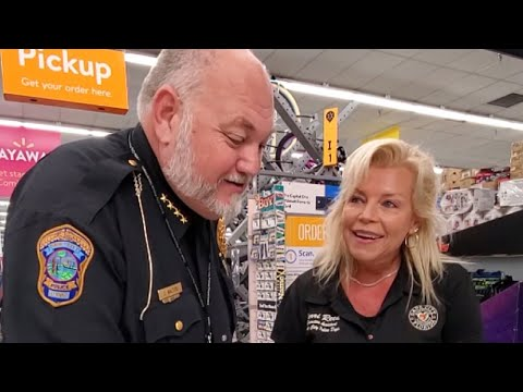 Adam Rivers - AWESOME: Police surprise Walmart customers by paying layaways