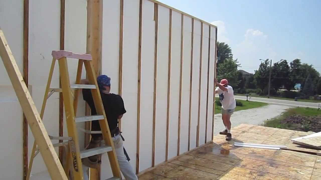 Ez sips for green leed home construction build your for Building a house with sip panels