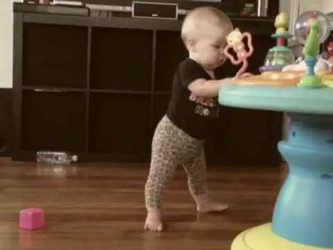 9 Month Old Baby Iggy Dancing to The Cure