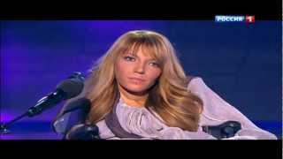 """""""Фактор А"""": Киркоров встал на колени перед девушкой с инвалидностью"""