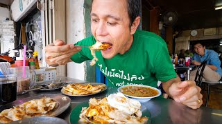 ULTIMATE Street Food in Phuket - BEST EGG ROTI + Fried Noodles!   Thailand Michelin Guide Tour!