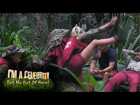Amir Kahn Gives His Opinion on Toff's Kung Fu Moves! | I'm A Celebrity...Get Me Out Of Here!