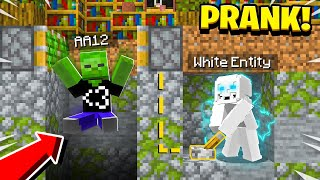 Pranking as WHITE ENTITY in Minecraft! (He *FREAKED* When He Saw The White Entity) - Realms EP58