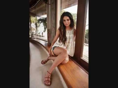 feet Vanessa hudgens