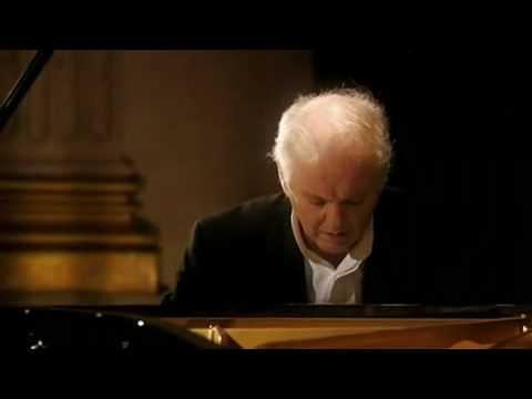 Barenboim plays Beethoven Sonata No. 31 in A flat Major Op. 110 3rd Mov.