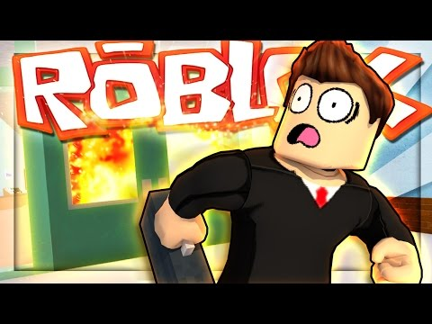 ROBLOX High School - BREAKING OUT OF SCHOOL! (ROBLOX Roleplay) #3