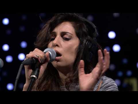 Yasmine Hamdan - Cafe (Live on KEXP)