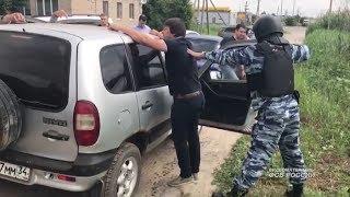 В Волгограде задержаны чиновники, вымогавшие взятки с торговцев