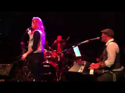 Anique - Natural Woman @ Roger & Friends in People's Place