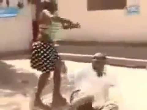 Беременная жена отсосала у толпы мужиков - порно видео на