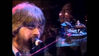 Michael McDonald with The Doobie Brothers - I Keep Forgettin' [Live 1982]