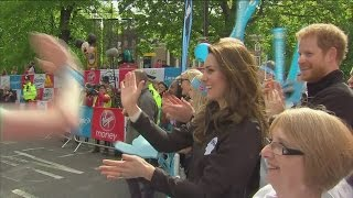 High fives and selfies with the Royals at the London marathon