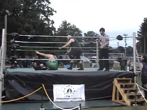 CJ Scott vs. Lance Madewell - Backstretch 2014