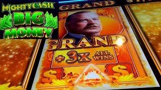 BIG WIN BONUS - Mighty Cash Big Money Slot Machine & Sword of Destiny