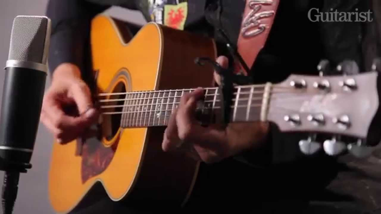 Tommy Emmanuel Performs Only Elliot And Travelling Clothes And Talks