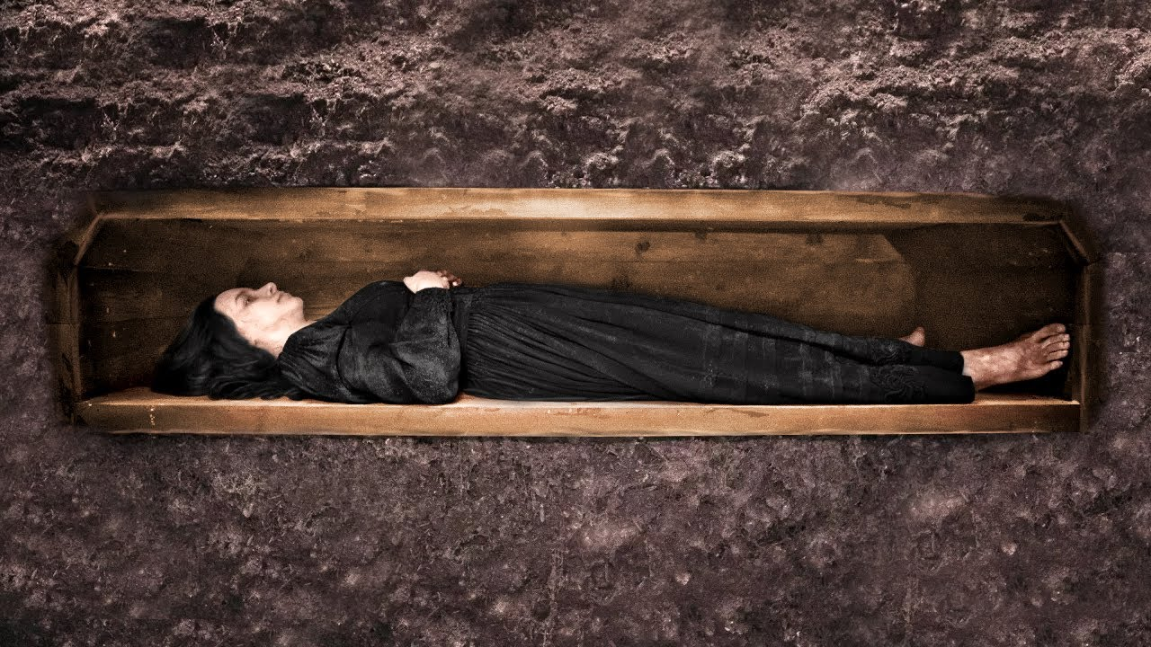 Эта Девочка Была Похоронена Заживо, но Она Выжила Благодаря Кольцу!