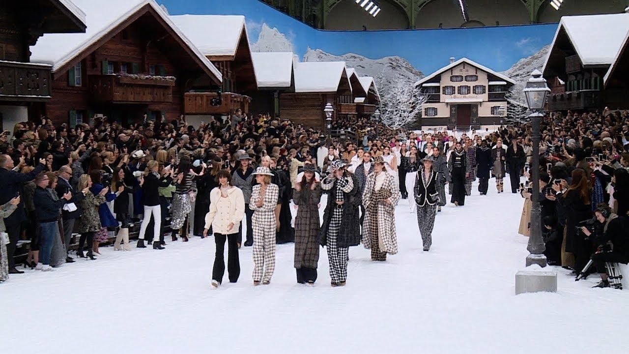 [VIDEO] - Chanel - Women's Autumn/Winter 2019/20 Show in Paris 3