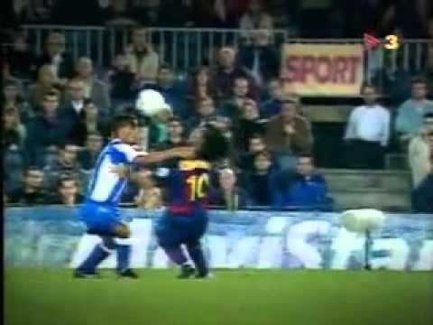 Игроки «Реала» играют в настольный теннис.из YouTube · Длительность: 1 мин10 с