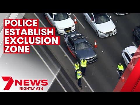 Police establish exclusion zone around Sydney's CBD to stop lockdown protest   7NEWS
