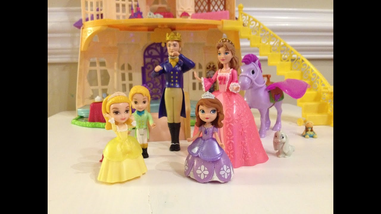 Sofia The First Sofia S Royal Family Unboxing And Review